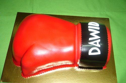 Tort rękawica bokserska jak najbardziej nadaje się dla fanatyka sztuk walki