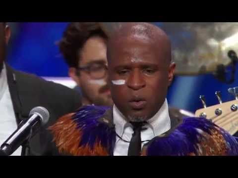 Coldplay - Paradise (Peponi) African Style (ft. guest artist, Alex Boye) - ThePianoGuys - YouTube
