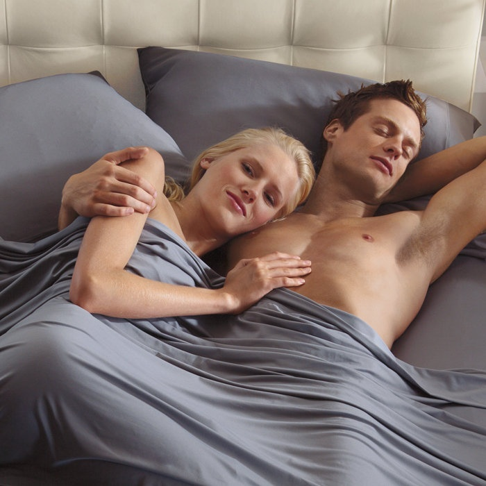 Sheex - performance sheets - Breathability, temperature control, moisture management and comfort to help you sleep better.----Cause I sleep next to a human furnace.
