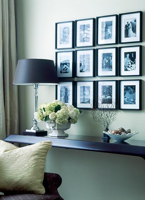 marcos pequeños, fotos en blanco y negro; perfecto para acompañar un mueble.