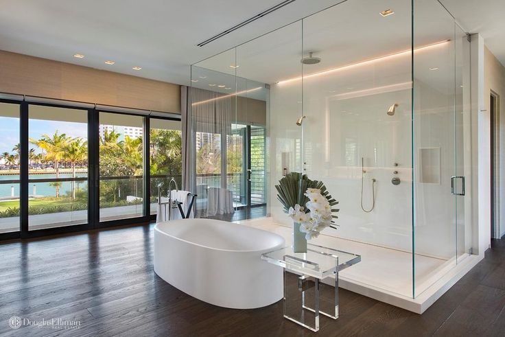 4609 Pine Tree Dr, Miami Beach, FL 33140 -  $29,500,000 Luxury Home and House Property For Sale Image
