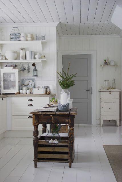 Decoración de interiores; blanco con madera