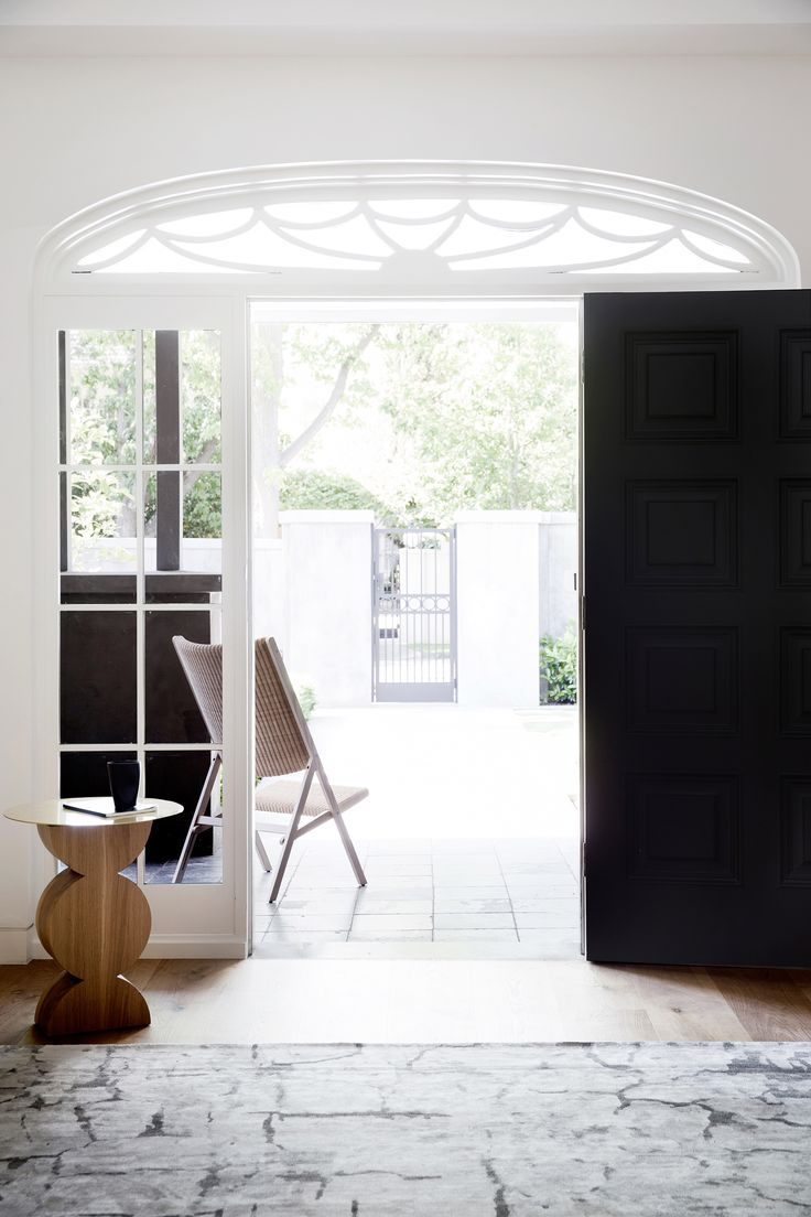 Entryway from stately Melbourne home by interior designer Adele Bates. Photography: Chris Warnes