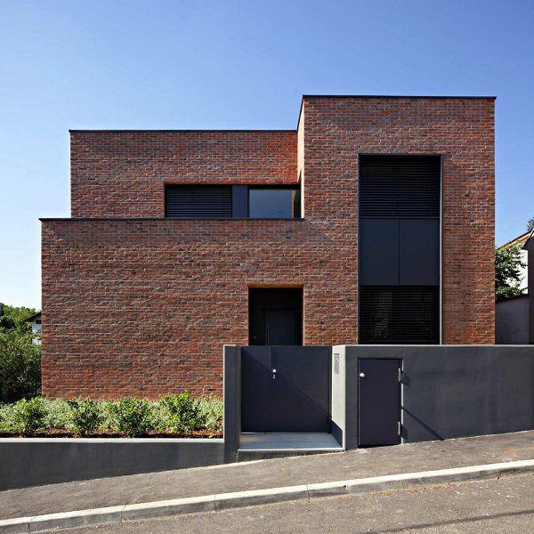 Las 25 mejores ideas sobre fachada de ladrillo rojo en for Normal beautiful house