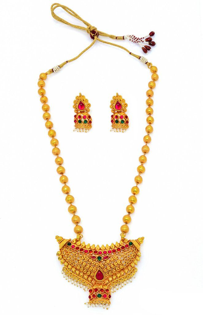 Attractive Pearl Necklace in golden colour. Occasion: Wedding & Traditional wear Shop Now:https://goo.gl/1arXQp