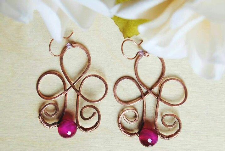 Handmade hammered copper earrings with agate  Orecchini in rame martellato con agata striata  https://m.facebook.com/GioieLi  #handmade #gemstone #gioielì #earrings #jewels #copper