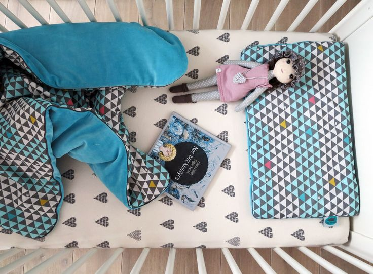 blanket + pillow (triangle pattern), crib sheets (hearts pattern); cotton