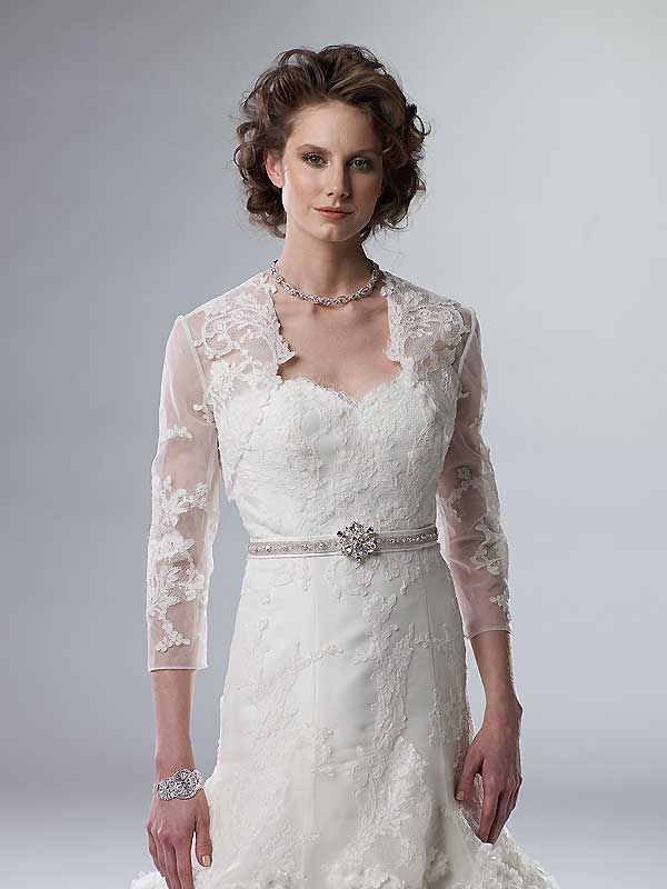 Wedding Dresses 40 Year Old Brides : There are two things you might want to achieve if