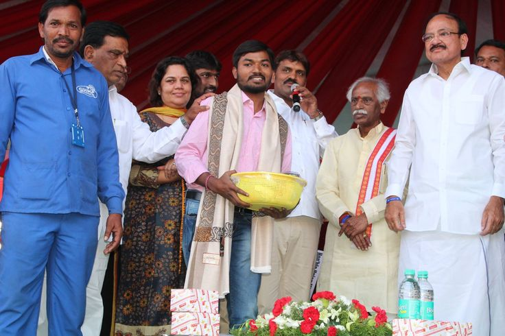 "Addressed ""Swachh Sarveksham"" programme organised by Greater Hyderabad Municipal Corporation at Lal Bahadur Stadium, Hyderabad along with Shri M Venkaiah Naidu, Hon'ble Minister for Urban Development, Govt of India, Shri Kalvakuntla Taraka Rama Rao - KTR, Hon'ble Minister for Municipal Administration, Govt of Telangana, Shri T.Srinivas Yadav, Hon'ble Minister for Cinematography, Govt of Telangana, Shri T.Padma Rao, Hon'ble Minister for Excise, Govt of Telangana, Shri Bonthu Ram Mohan…"