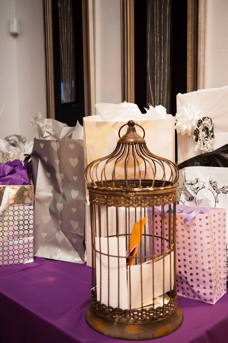 gift table 146 best Wedding Table Gift