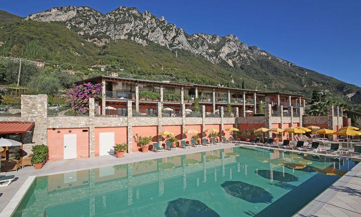 Ferienwohnungen Gardasee mit Pool Borgo dei Limoni Gargnano