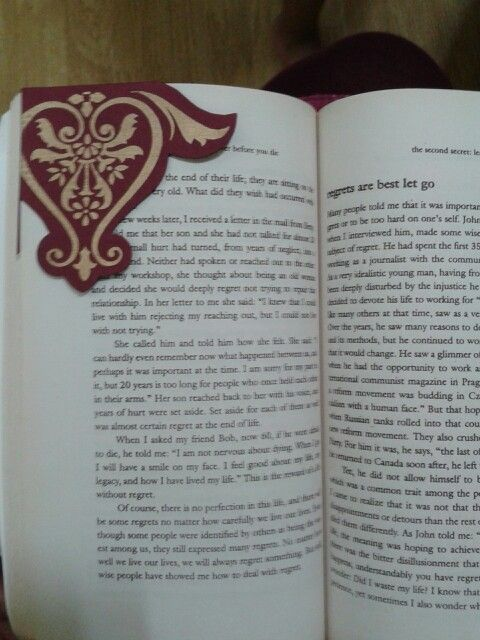 DIY Bookmark .. made dis afternoon ... im quite liking it !