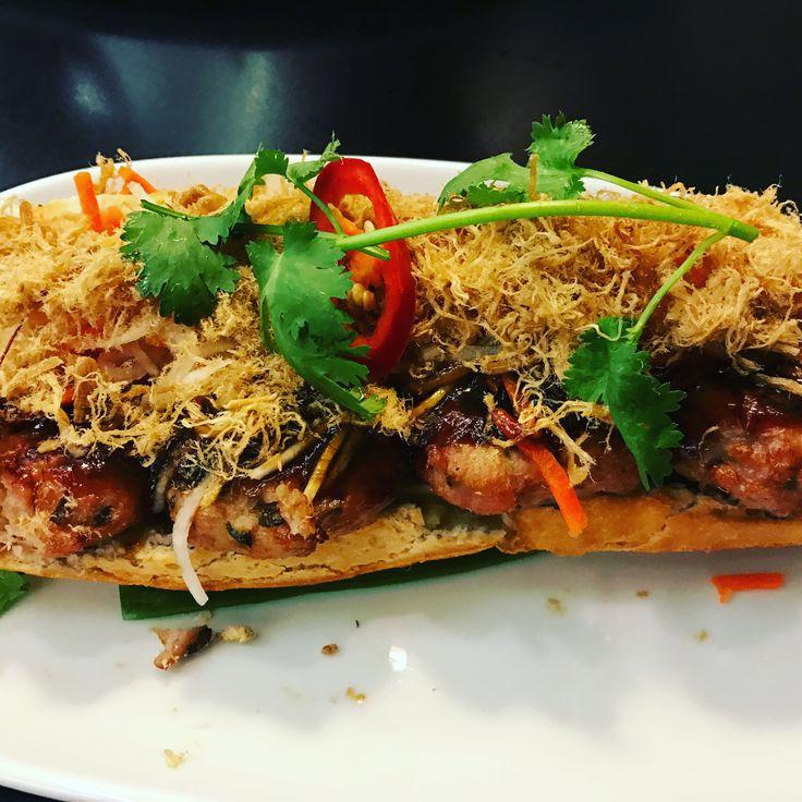 #FridayAfternoon #loitering in #Pyrmont ... #Friday #lunch #LukeNguyen #StreetFood #Vietnamese #pork #roll #PorkFloss #BanhMiThit #DiscoTable #Sydney #Australia #SydneyLife #HarbourLife #SydneyHarbourBridge #ILoveSydney