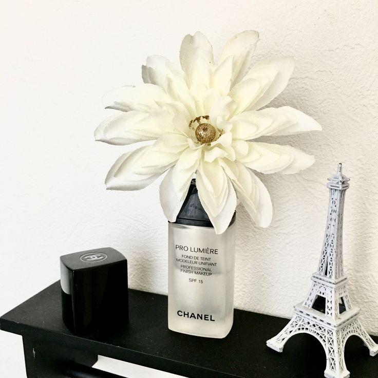 CHANELのリキッドの空瓶をフレグランス入れにリメイク♡造花もさして…可愛いトイレのインテリアに♡