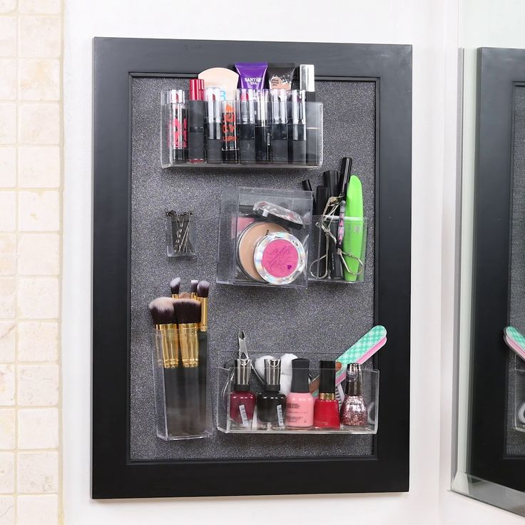 Makeup organizer with steel plate