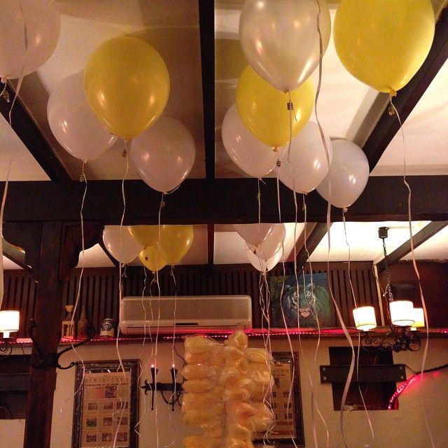 Doğumgünü böyle kutlanır :) Papatya teması- 30 yaş kutlaması- kordonda sürpriz doğumgünü sefası #doğumgünü #birthday #organizasyon #kutlama #parti #partisüsleme #partiorganizasyon #event #30yaş #uçanbalon #sarı #beyaz #pamukşeker #balon #party #bekarlığaveda #düğün #wedding #happybirthday #papatya #fishorg #fishorganizasyon #izmir #eğlence #instagood #instamood