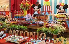 Decoração de aniversário Circo do Mickey. Veja as lindas fotos e alugue a sua hoje mesmo.