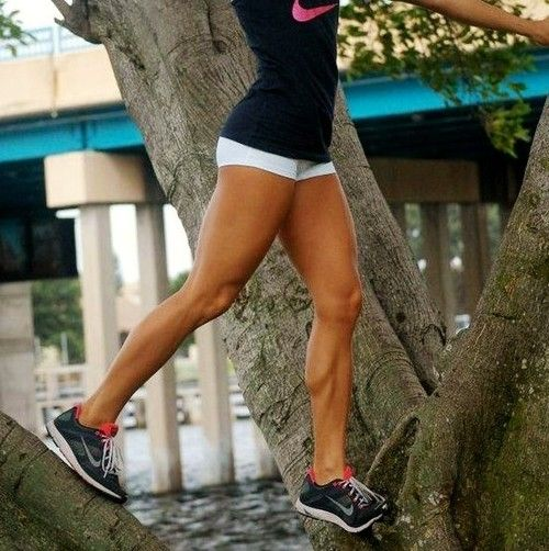 healthyequalshappy:    theeeese are the legs I want.        Fitspo, thinspo, motivation, information + tips! :) onefitmodel.tumblr.com