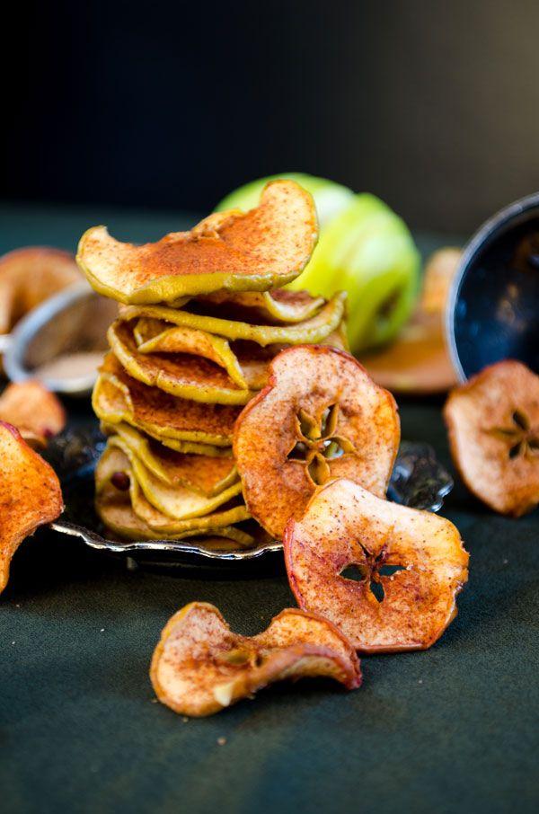 Cinnamon Sugar Apple Chips - baked not fried! No oil... simple yet tasty!