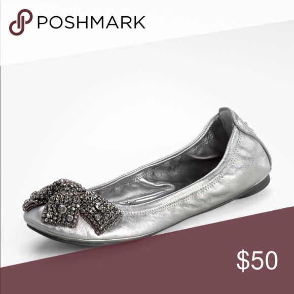 Spotted while shopping on Poshmark: Tory Burch Metallic Eddie Ballet Flat  with Bow 8.5!