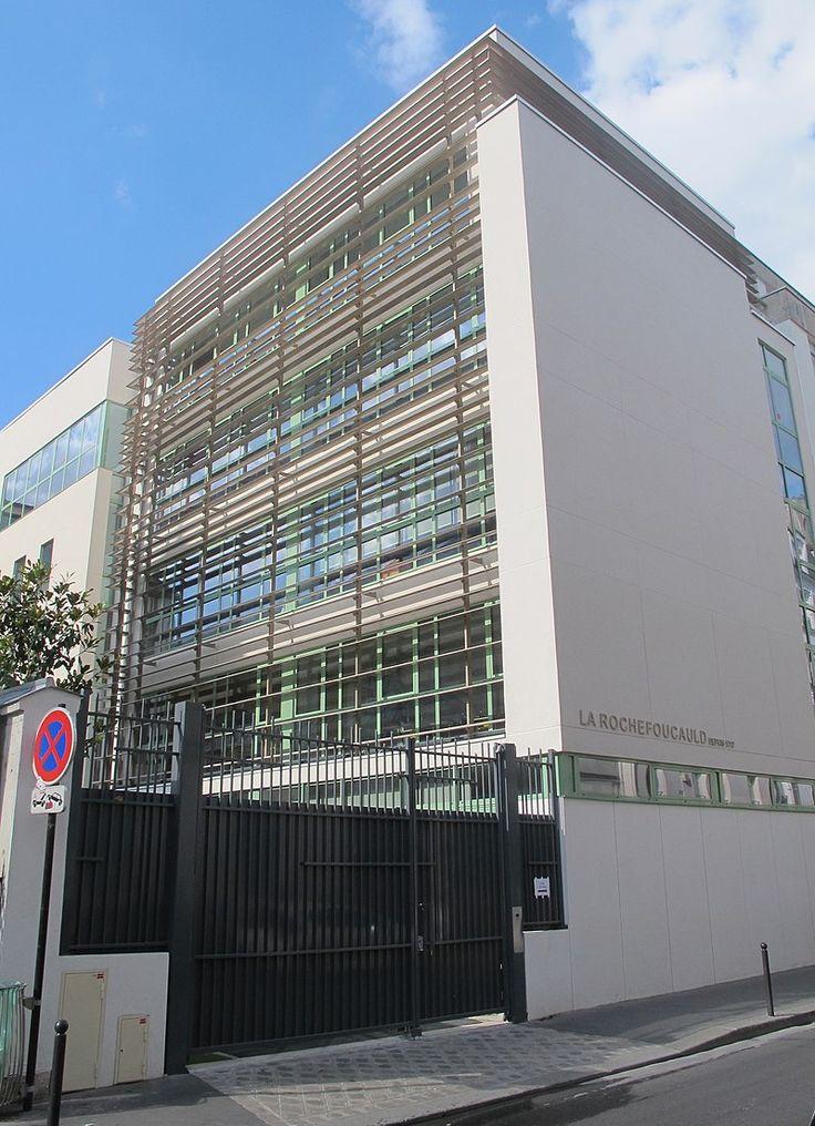 Paris 7e - École, collège, lycée La Rochefoucauld - 90bis rue Saint-Dominique.