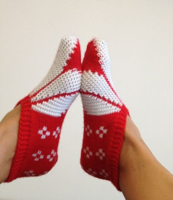 Red and white  Otantic slippers special knitting by NesrinArt, $24.00