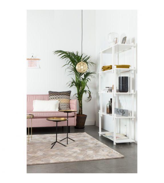 Suspension Gringo Flat en laiton de la marque Zuiver sur MonDesign.com #zuiver #brass #laiton #suspension #suspensionlamps #lamp #design #livingroom #style #salon #luminaire #shell #etagère