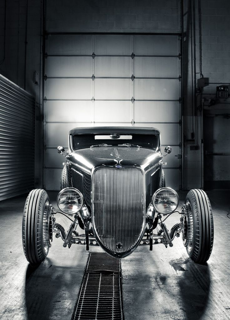 A Ford Hot Rod looking very mean! @ZenderFord