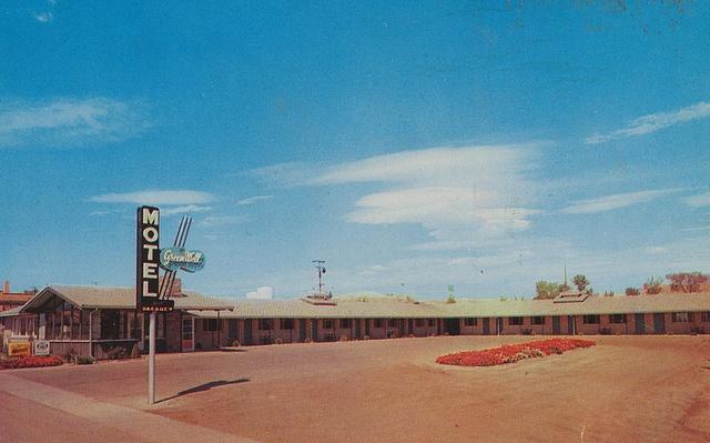 Green Well Motel - Circa 1960