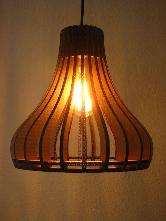 """Lampe """"Be Smart"""" (suspension en carton)"""