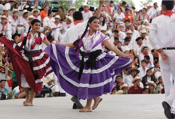 Hotbook | El festival cultural más esperado de Oaxaca: La Guelaguetza | hotdestination #HOTdestination #HOTBOOK