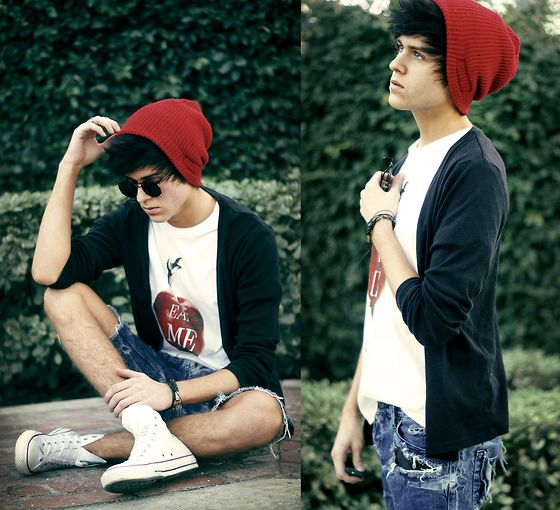 Red toque,,A Mini-Saia Jeans, White Converse, Jeans Rasgados, Shorts Shorts, Men Style, Red Hats, Men Fashion, Lazy Day Outfit, Adam Gallagher