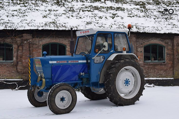 Ford 2000 Tractor Nose : Best ford tractors equipment images on pinterest