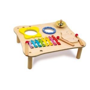Veeleisende muzikanten trainen motorische vaardigheden en ritme met dit instrument van hoge kwaliteit. Zo word de diverse wereld van geluiden verkend door te spelen. Bevat drie houten stokken die in handige gaten in de tafel kunnen worden geplaatst.