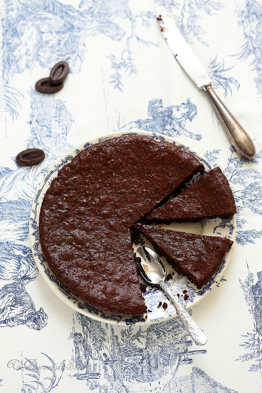 Fondant au chocolat, amandes et huile d'avocat (sans gluten)