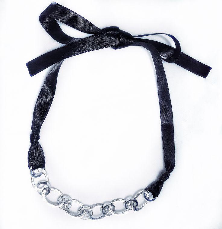 Collar en plata 925 y seda 🔗 para una ocasión especial 🍷