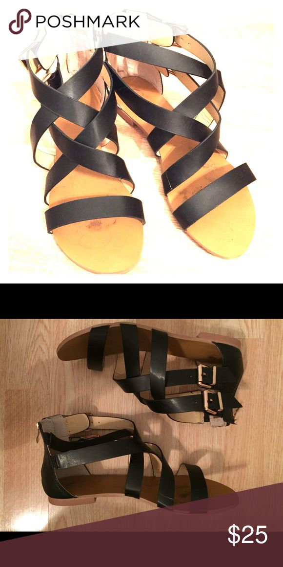 Woman's gladiators sandals Black. Leather. Gladiator sandals. Gold hardware. I never worn them outside of the house but there are slight signs of wear inside (near toe area)  and on the sole of the shoe.    *does come with original box. Dooballo Shoes Sandals