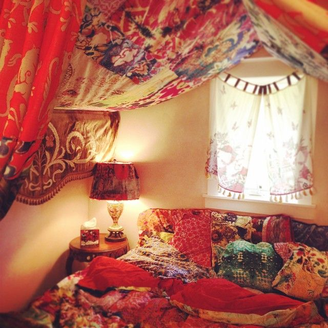 a cosy gypsy nest to snuggle up with my hubby and kids- or just sprawl out by myself.  future home ISA
