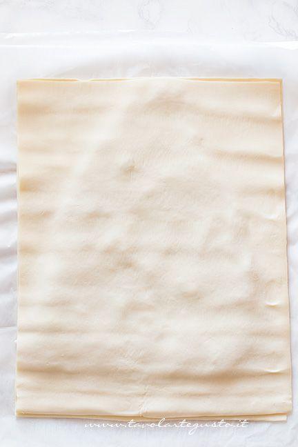Come fare l'albero di pasta sfoglia (2) - Ricetta Albero di Natale di pasta Sfoglia