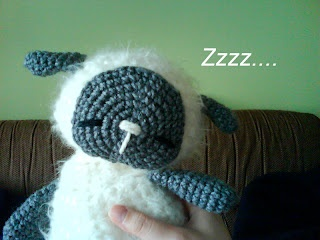 Sleeping Baby Sheep free pattern: Sleep Sheep, Crochet Toys, Crochet Amigurumi, Baby Sheep, Sleep Baby, Crochet Patterns, Free Patterns, Sheep Free, Amigurumi Patterns