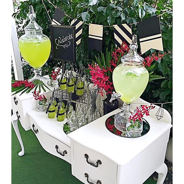 @eventsbyalysia with #littlebigcompany beverage dispensers, straw dispenser, mini milk bottles and metal stand sign : looks wonderful