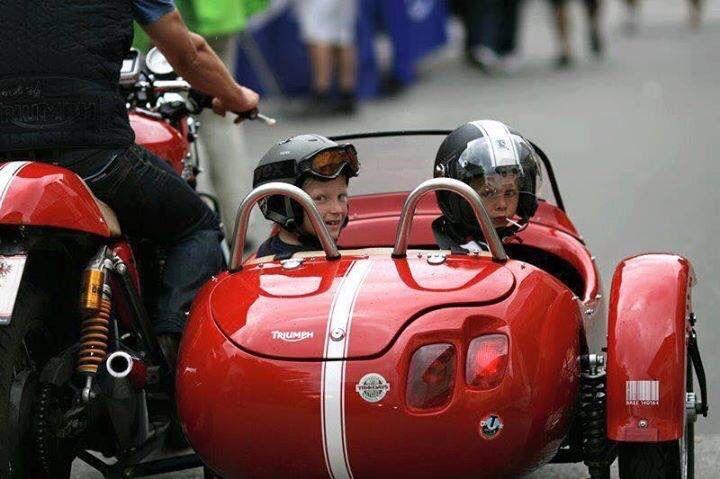 Triumph w/ Sidecar