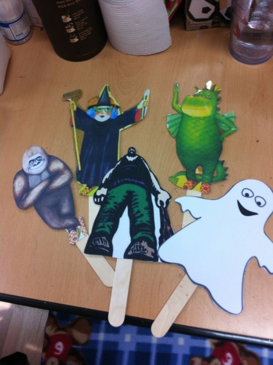Anthony Brown's Knock Knock Who's There - Children's Activities for the story. Puppets and a blank puppet to draw the kid's daddy. Cute!