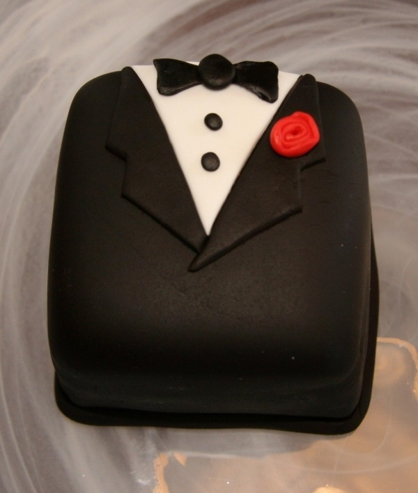 17 Best Tuxedo Cake Images On Pinterest Tuxedo Cake