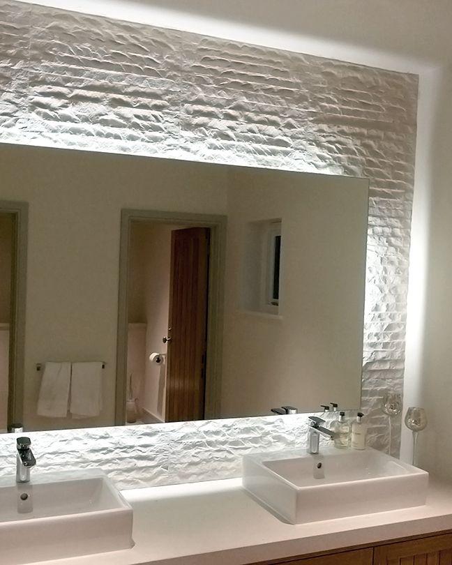 Cheap Illuminated Bathroom Mirrors: 17 Best Ideas About Backlit Mirror On Pinterest