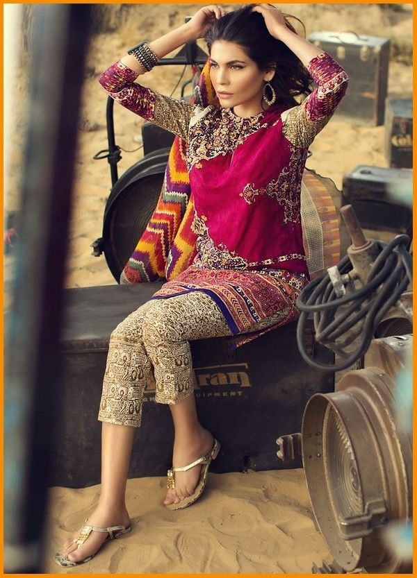 Sana Safinaz Lawn Collection 2016 With Price #SanaSafinaz #PakistaniDresses #Embroidered #Summer #Dresses
