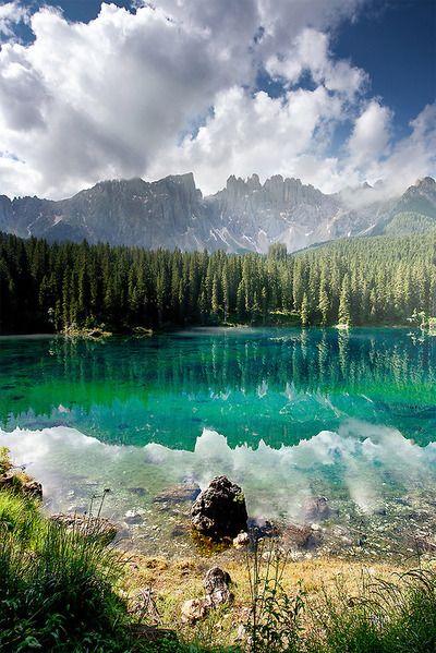 Lago di Carezza, Italy | La Beℓℓe ℳystère