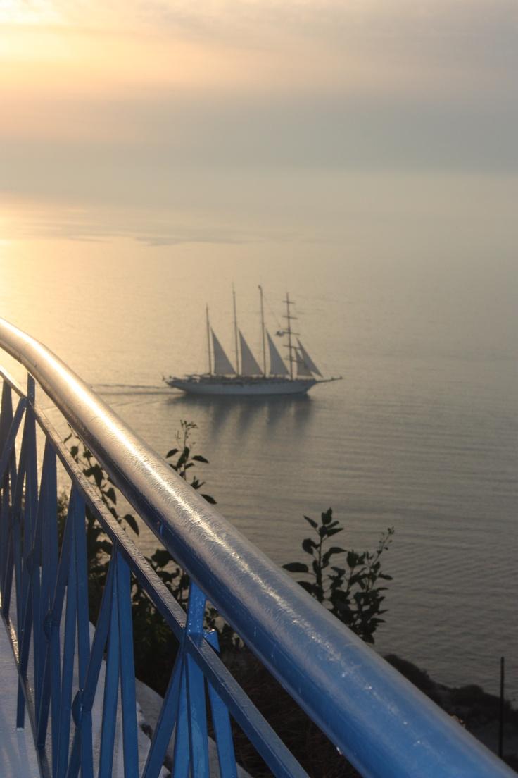 Sunset - Santorini - by Thais Pacci