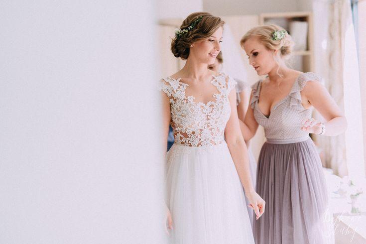 INNA Studio_kwiaty we włosach na ślub / świadkowa / fot. Bajkowe Śluby