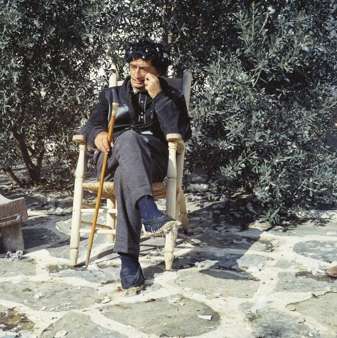 Intimate stories and photos of Salvador Dalí from his personal frame maker   HERO magazine: A fresh perspective